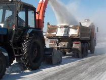 Снегопогрузчик на базе трактора  МТЗ 82